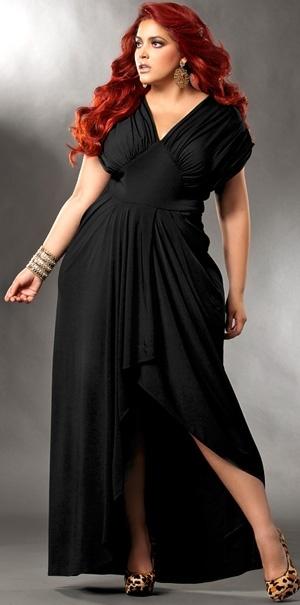 Идеальное вечернее платье для полных дам можно, пожалуй, найти в дизайнерских бутиках или