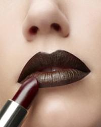 Как правильно наносить макияж: секреты от профессионалов