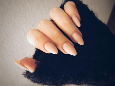 Мендалевидная форма ногтей фото