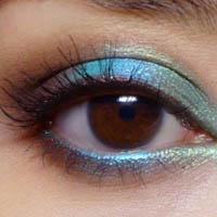 Макияж для темно-карих глаз: на все случаи