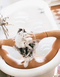 Уход за волосами в зимнее время: бережное отношение