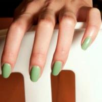 Самые модные цвета лаков для ногтей лета 2012: сочно и ярко