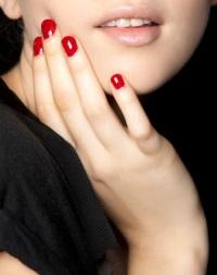 самые модные цвета лаков для ногтей лета 2012