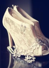 Комментарий: Свадебные платья силуэт