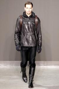 Мужские зимние куртки: согревающий комфорт от классики до спорта