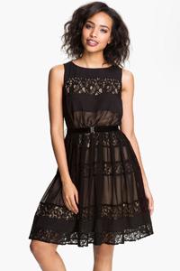 приталенное черное коктейльное платье, купить в интернет магазине