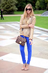 цветные джинсы-скинни
