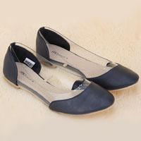 Как выбрать женские туфли без каблука  несколько советов f39eba3136342