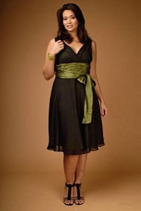 c7b3cf24d4dd52f Идеальное вечернее платье для полных - можно ли его найти?