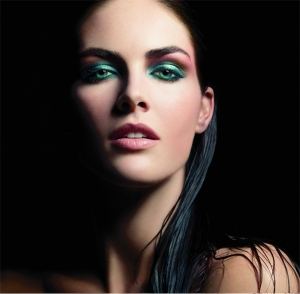Pure Color Cyber Eyes – праздничная коллекция макияжа от Estee Lauder