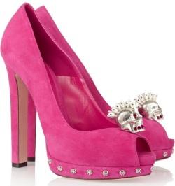 Черепа и замша: туфли от Alexander McQueen