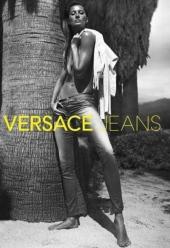 Жизель Бюндхен для Versace Jeans