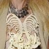 Украшения в виде скелета от Кристиана Лакруа
