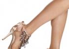 Летние босоножки на шпильке: как правильно выбирать и носить