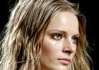 Как сделать эффект мокрых волос: красивая иллюзия